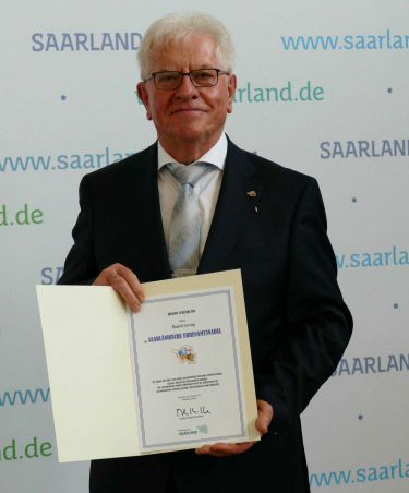 Saarländischen Ehrenamtsnadel